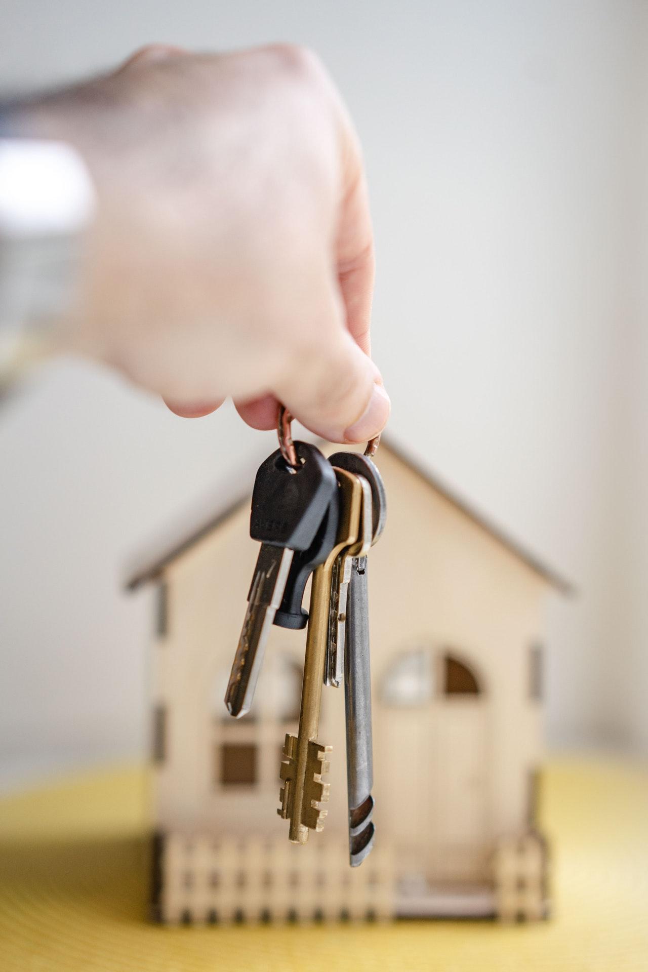 Har du styr på reglerne for tinglysning af skøde til din ejendom?